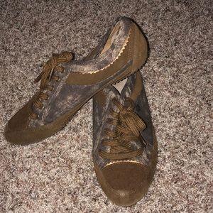 Ruff Hewn tie shoes Casey size 8M